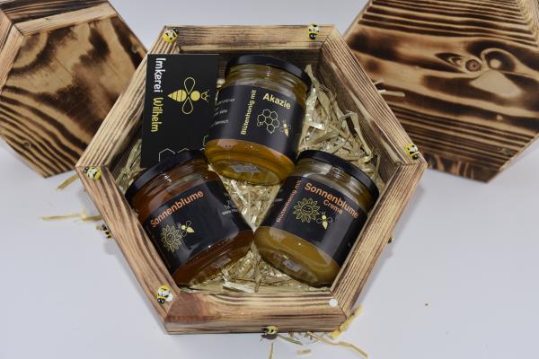 Honigwabe als Geschenk für eine Bienenpatenschaft