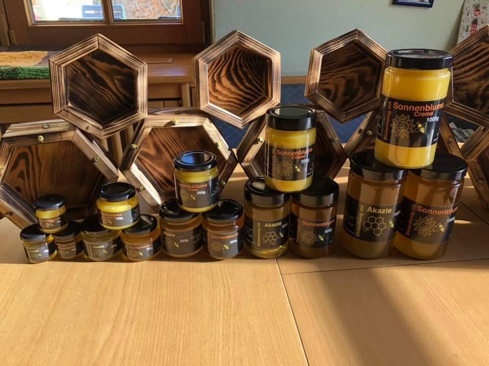 Honig kaufen - die Imkerei Wilhelm verkauft diverse Sorten Honige